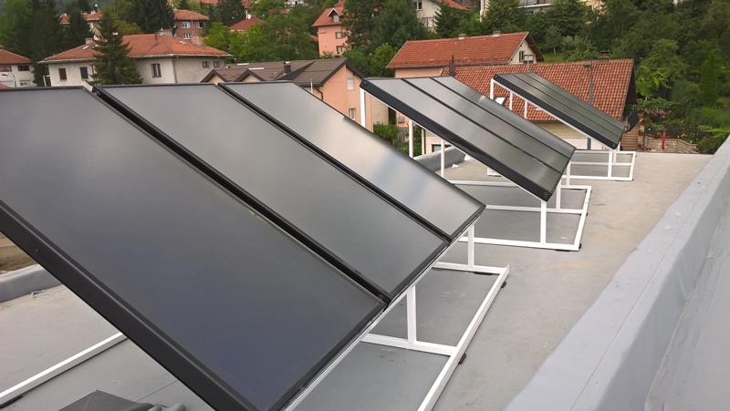 Zagrijavanje vode solarnim kolektorima smanjuje račune za struju do 50 posto