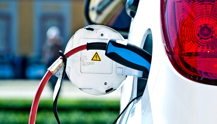 Kina smanjuje subvencije za električne aute