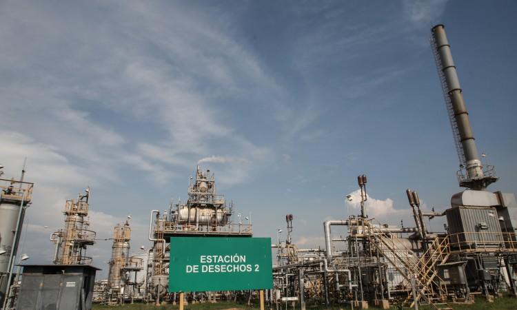 Cijene nafte porasle više od tri posto drugu sedmicu zaredom