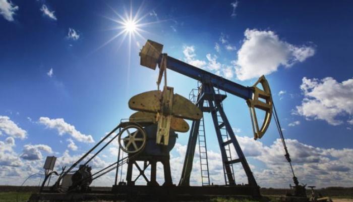 Cijene nafte kliznule prema 67 dolara, očekuje se rast američkih zaliha