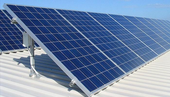 Nissan prodaje i solarnu opremu