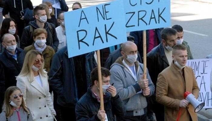 Tuzlaci protestovali zbog zagađenja: Želimo čišći zrak, a ne rak