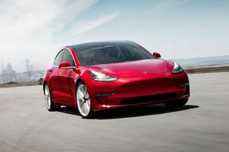 Tesla kao niko do sada: 100.000 električnih automobila u jednoj godini