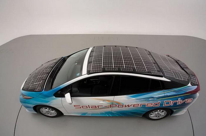 Toyota testira poboljšani solarni krov za automobile, omogućeno punjenje tokom vožnje