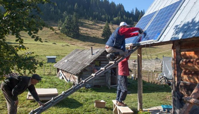 Katunska naselja dobijaju solarne sisteme zbog pružanja turističkih usluga