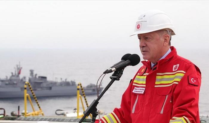Erdogan: Otkrivene rezerve prirodnog gasa Turske u Crnom moru povećane na 405 milijardi kubnih metara