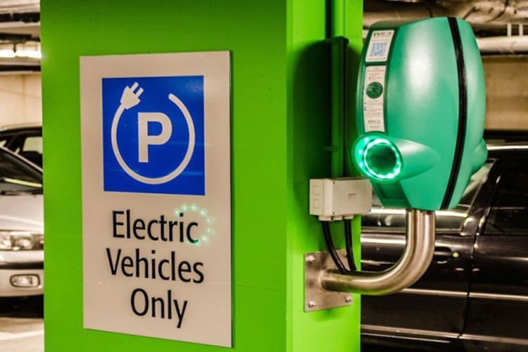 Električni automobili imaće zelene tablice