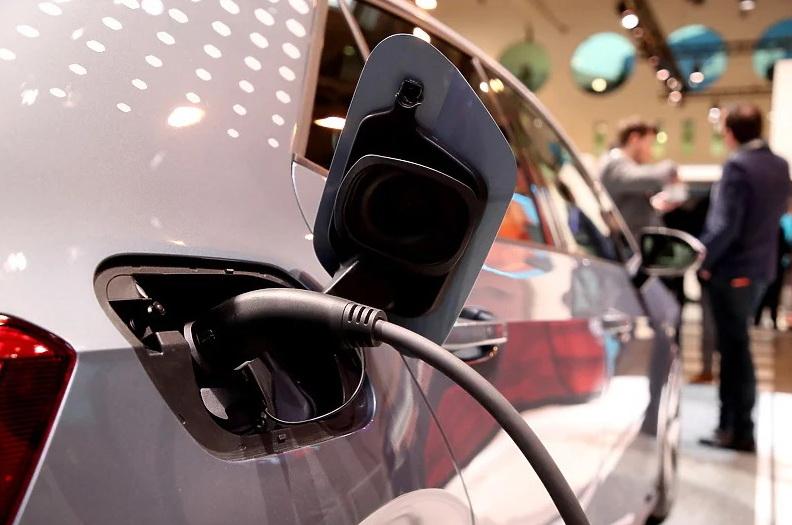 Cijena litijskih baterija u tri decenije pala za 98 posto: Hoće li manje koštati i električna vozila