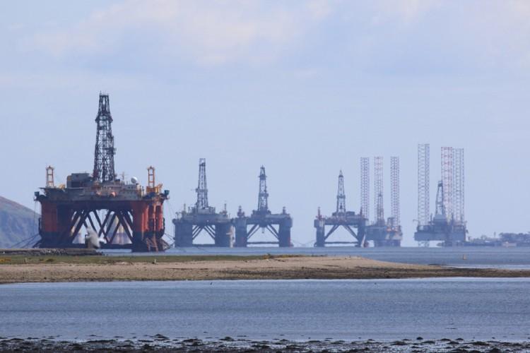 Cijene nafte blago porasle nakon dvije sedmice pada