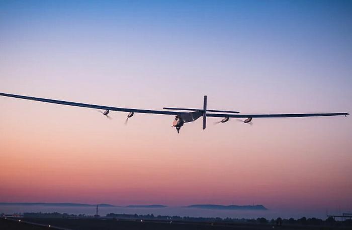 Novi solarni avion Američke mornarice će provesti u letu 90 dana